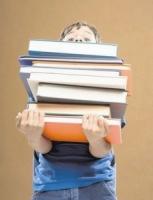читайте книги  - этим занятием не стоит пренебрегать
