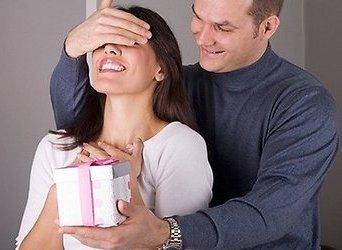 Что можно подарить на Новый Год жене?