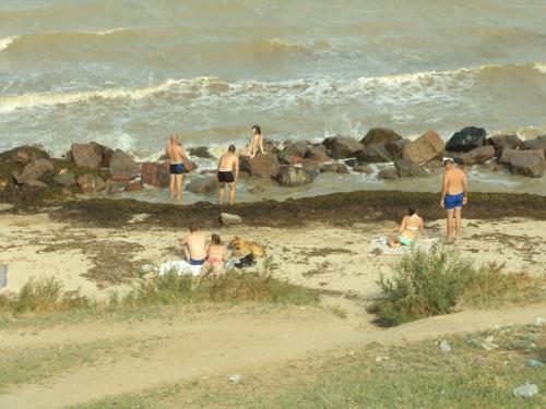 Пляж и море - Геническ